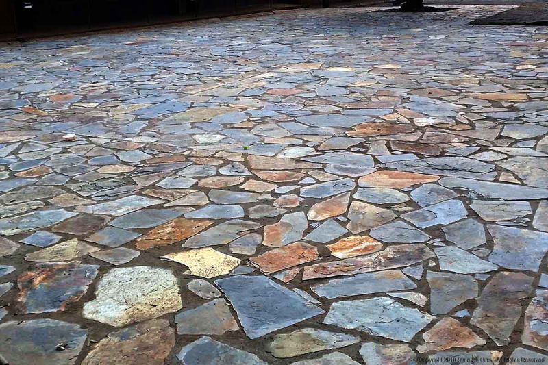 Various slate tile crazy paving